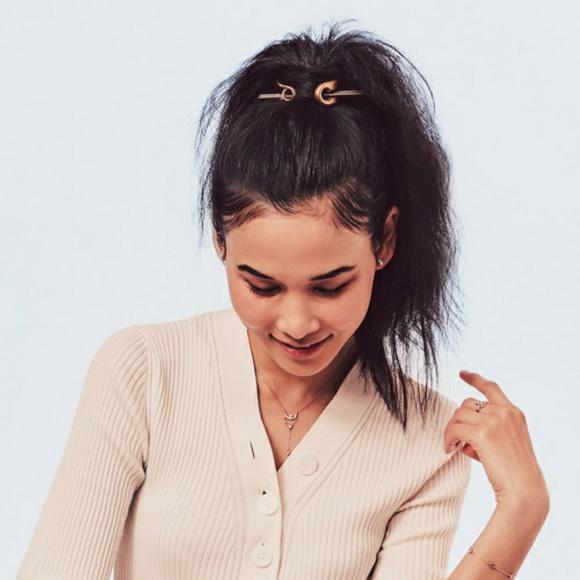 7a707dc59 Chloe + Isabel Accessories | Safety Pin Bun Cuff | Poshmark